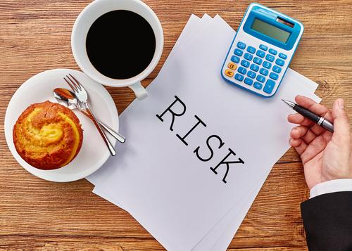 エンドプロテーゼの豊胸のリスクにはどんなものがある?