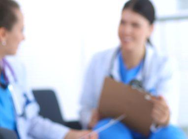 乳腺下法での豊胸の名医
